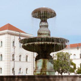 Ludwig-Maximilians-Universität - München